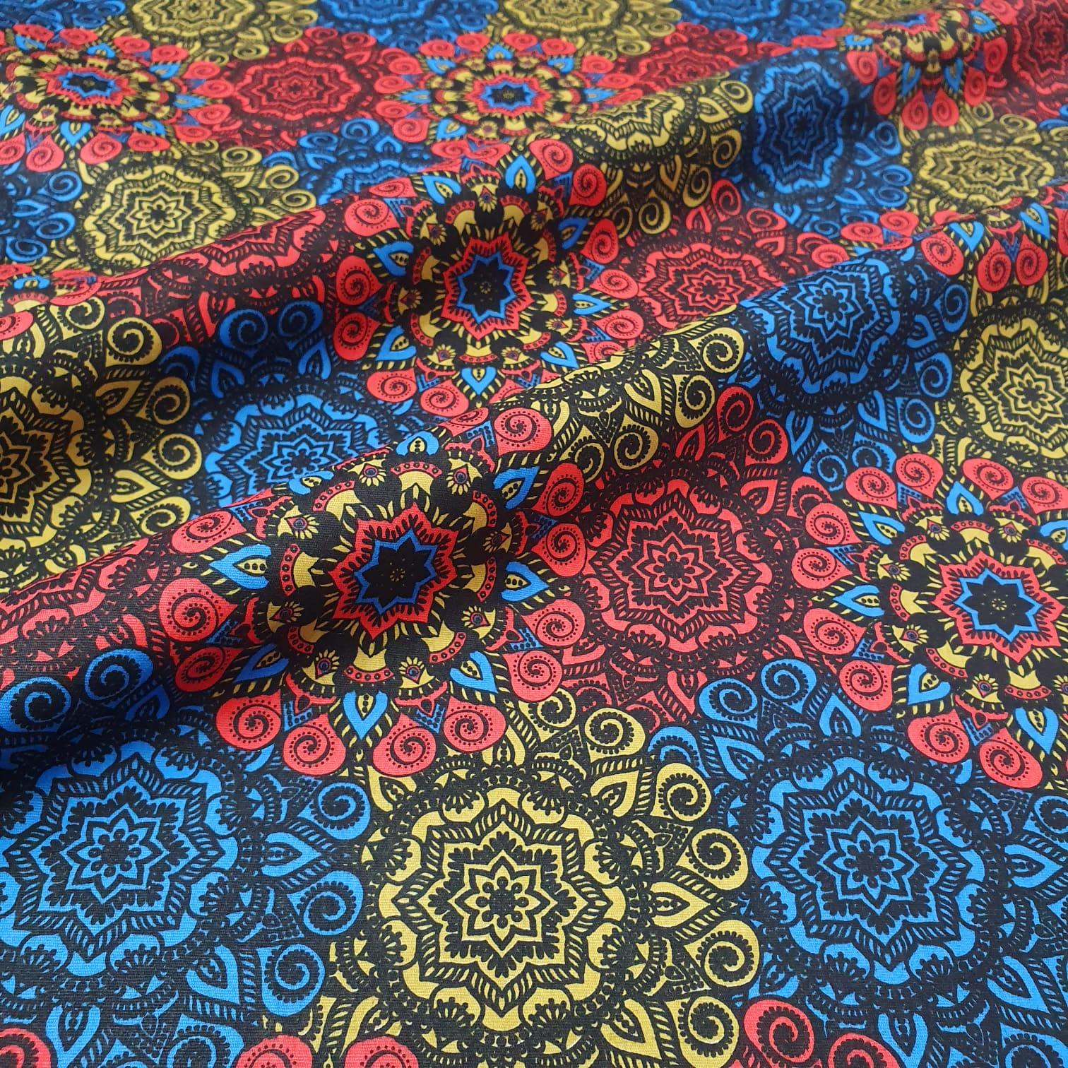 Tricoline Exclusiva  Mandala Amarela e Vermelha